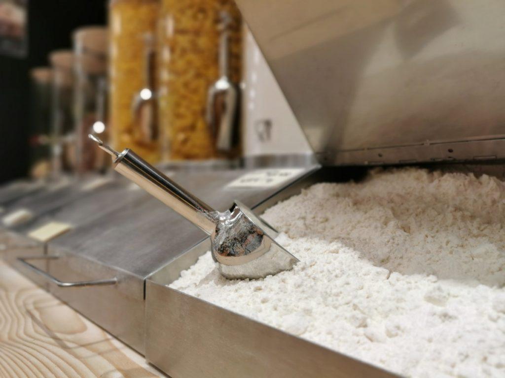 Scoopy - Silo für nicht rieselfähige Feststoffe wie Mehl oder Salz